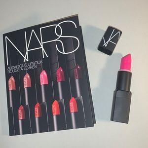 Schiap Nars Lipstick + 8x Audacious Samples